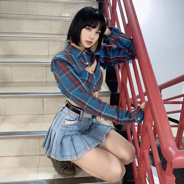 Blackpink Lisa Style Two Piece Plaid Crop Top