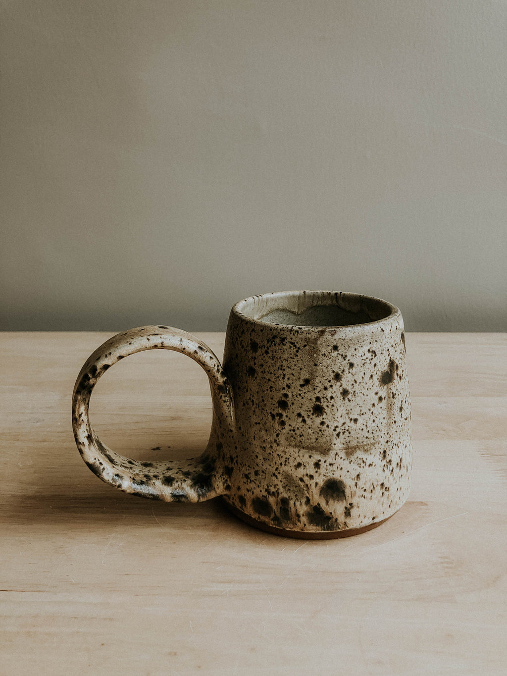 Tavern Mug - Cream Matte Spotted