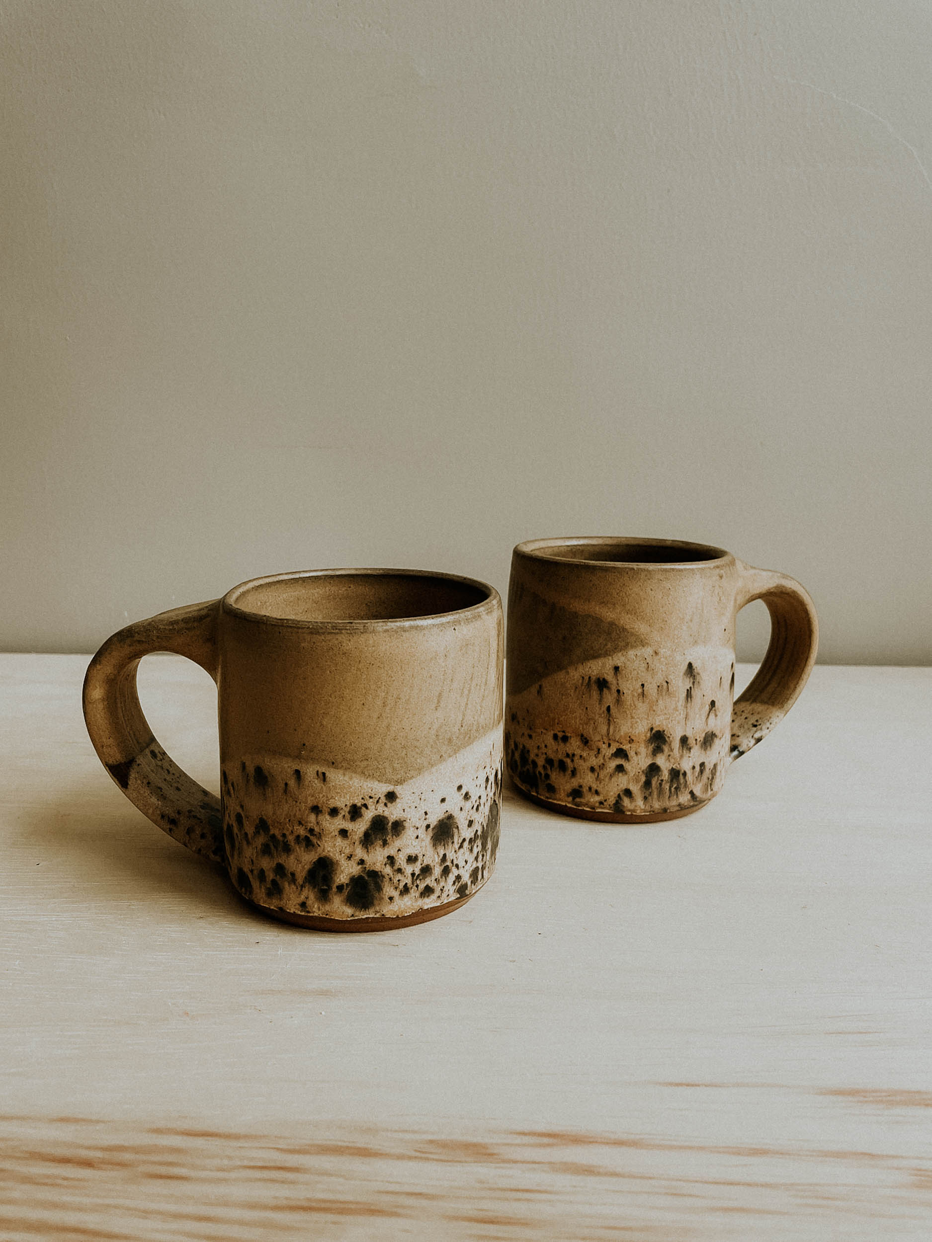 Cabin Mug - Finch/Split Rock