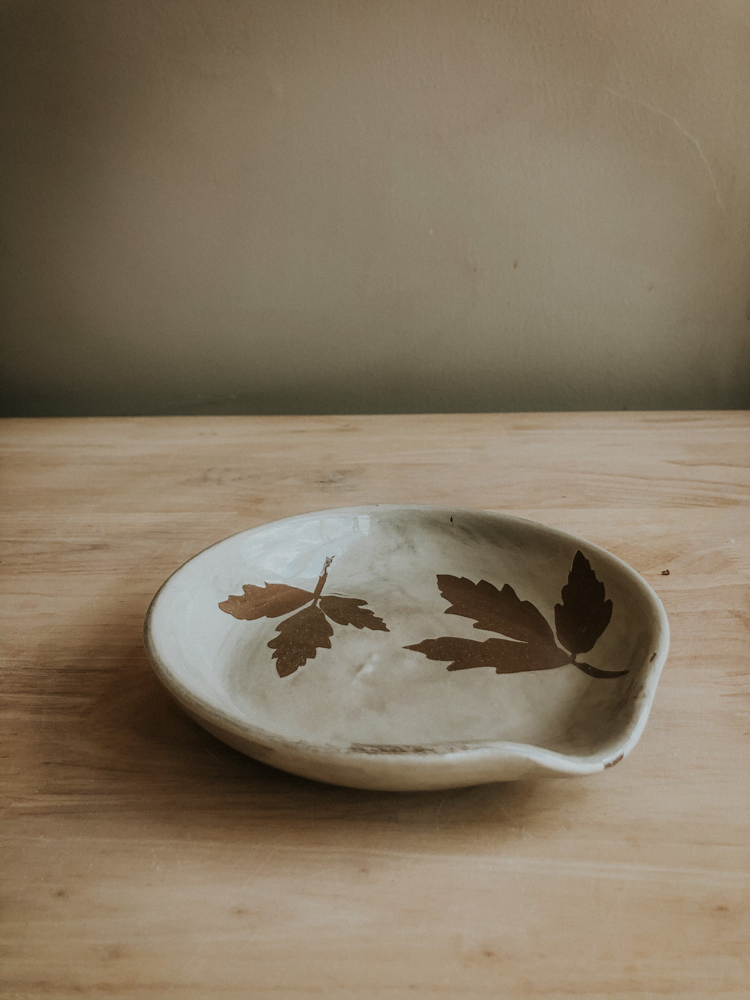 Stenciled Spoon Rest - Leaves