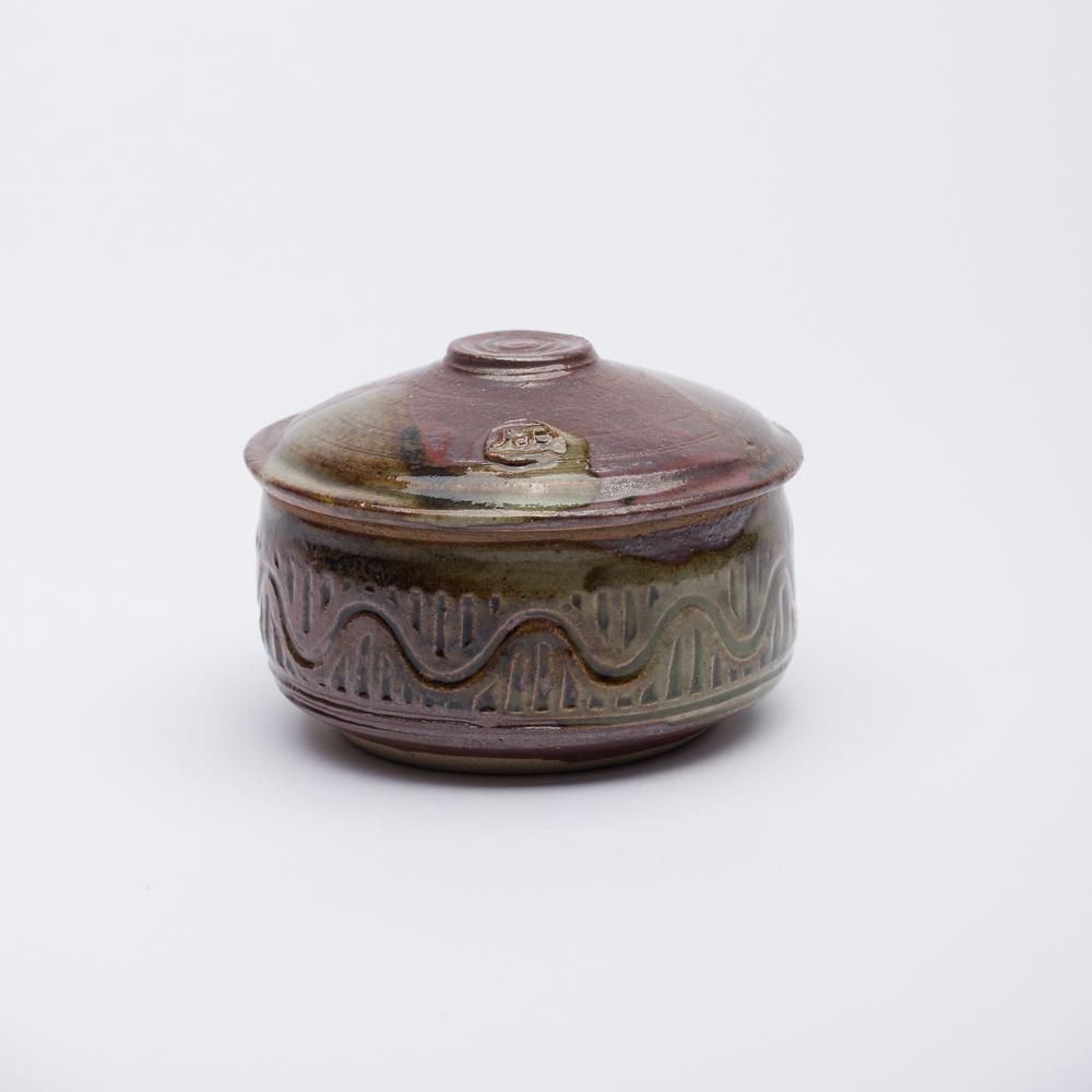 6.5cm - Mini Hand Decorated Box - Red Iron & Olive - Atelier de Corium