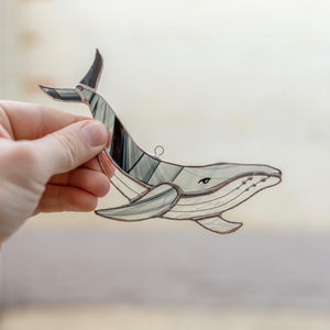 Stained glass black and grey whale suncatcher for window decoration