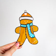 Load image into Gallery viewer, Cookie man suncatcher of stained glass for Christmas decor