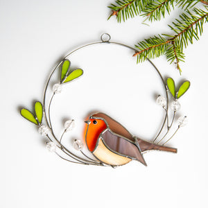 Stained glass robin on the mistletoe suncatcher for Christmas decor