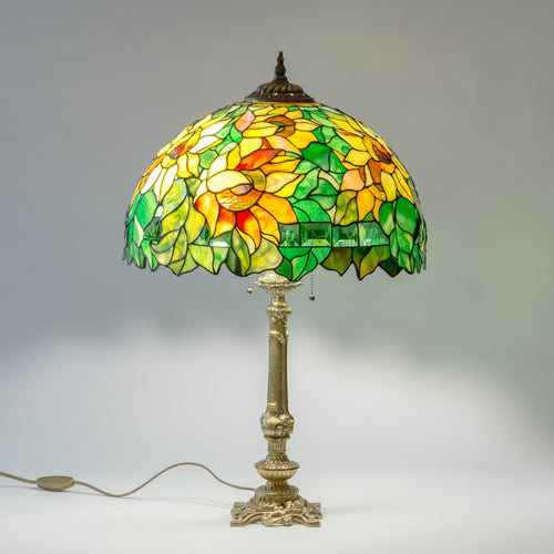 Bright sunflower stained glass lamp shade with bronze lamp base