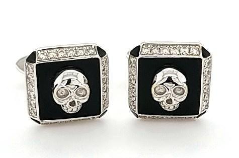 Diamond and Onyx Skull Cufflinks in 18K Gold - Peters Vaults