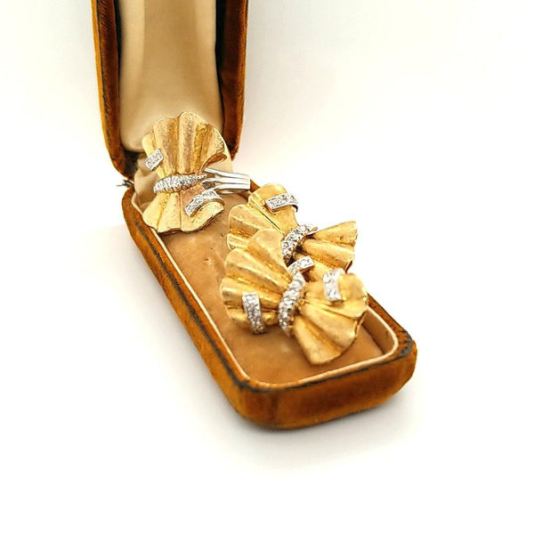 Handcrafted Vintage Diamond Bow Set in 14K Gold - Peters Vaults