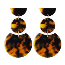 Load image into Gallery viewer, Beiby Bamboo Drop Earrings E1030 brown Tortoise Shell Earrings