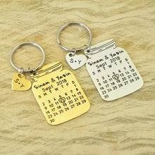 Load image into Gallery viewer, Beiby Bamboo Key Chains gold color Personalized 2 Initials Calendar Keychain
