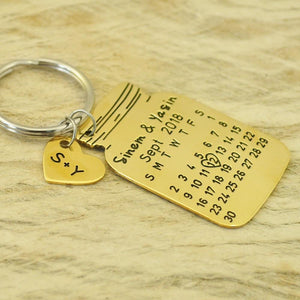Beiby Bamboo Key Chains gold color Personalized 2 Initials Calendar Keychain