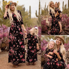 Load image into Gallery viewer, Beiby Bamboo Matching Outfits Matching Family Outfits Floral / Mom-S Mother Daughter Matching Navy Floral Long Summer Dress