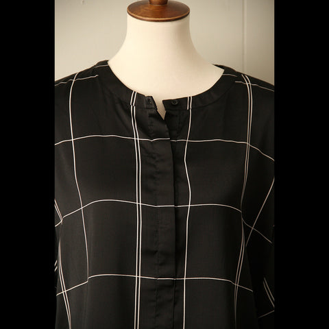 Black & White Box Vintage Blouse (L/XL)