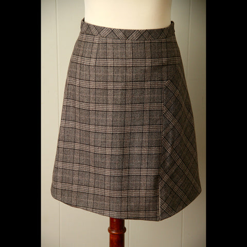 Brown Plaid Wool Vintage Skirt (M)