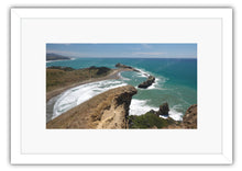 Load image into Gallery viewer, TOP CASTLE ROCK CASTLEPOINT