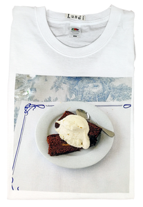 """Chantilly"" T-shirt"