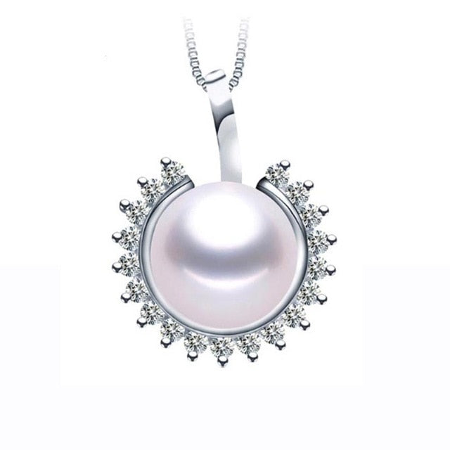 This Women Necklace are made 100% by Freshwater Pearl and Solid Sterling Silver, we made for you this high Quality Peal Necklace For Every moment