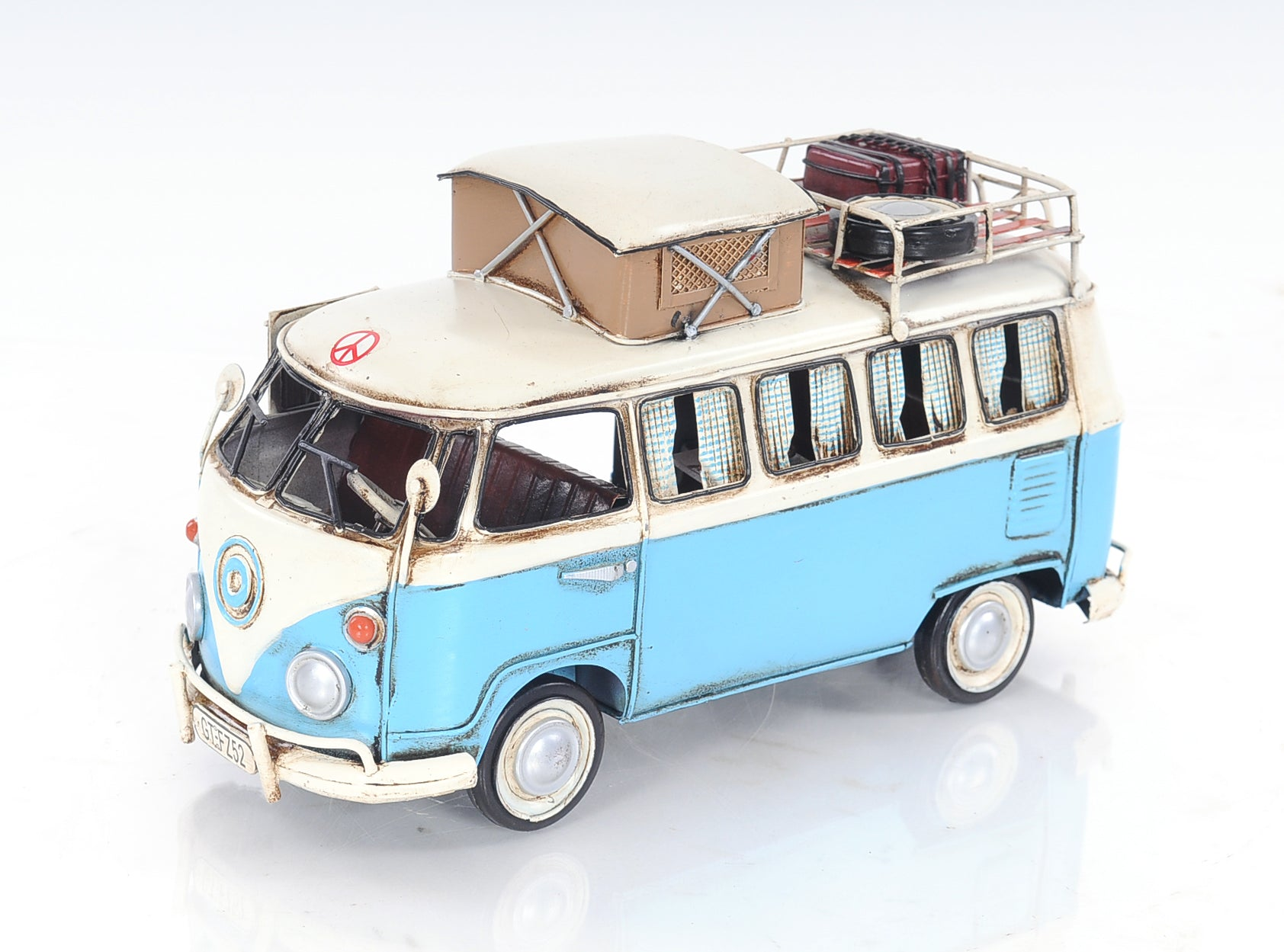 Volkswagen Camp Bus