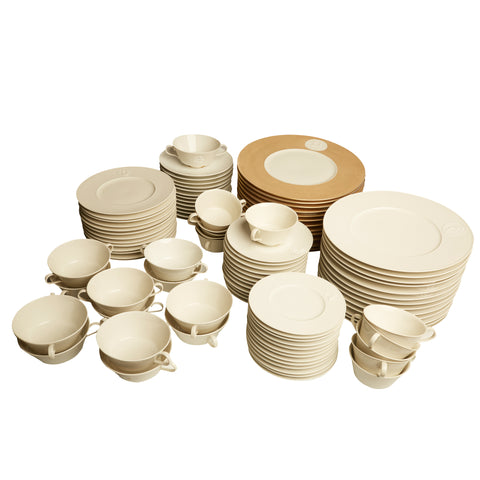 103 Piece Set of Arkadia Patter KPM China Dinnerware