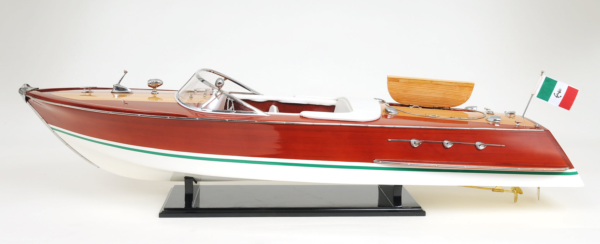Riva Ariston Model Speedboat L90