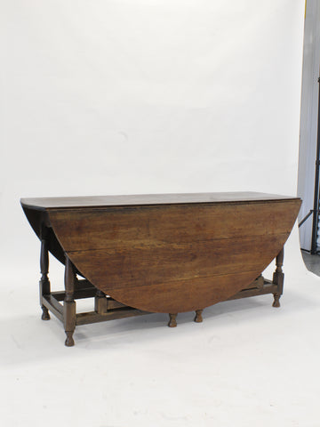 Early 20thc. English Gate Leg Drop Leaf Table