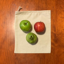 "Load image into Gallery viewer, ""Middie"" Calico Fresh Produce Bag"