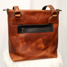 Load image into Gallery viewer, Classic Tote / Horween / Canvas