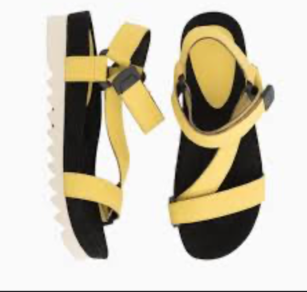 SANDAL - YELLOW TOOTH WEDGE