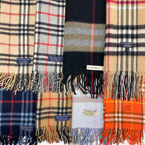 50 x Burberry Only Scarf Mix