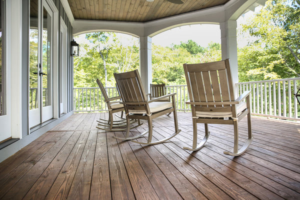 Large porch with rocking chairs