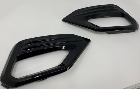 Gloss Black Foglight Surrounds - MK8 Fiesta ST/ ST Line