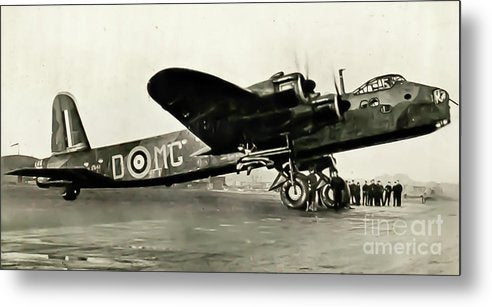 British Short Stirling Raf Heavy Bomber - Metal Print - RW Jemmett
