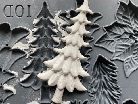 "IOD Boughs of Holly Decor Mould 10"" x 6"""