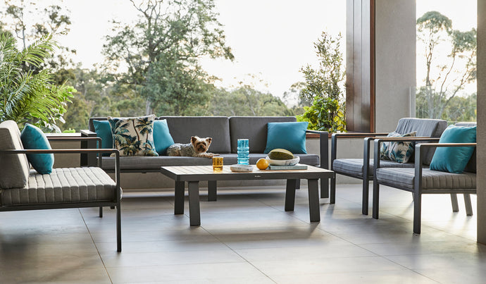 Blurring The Lines Between Indoor Living and Outdoor Living