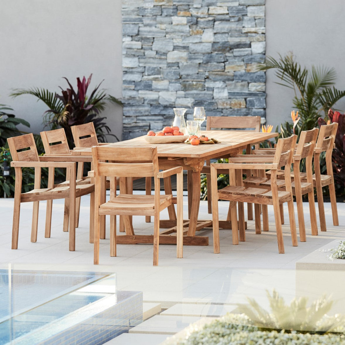 Teak-outdoor-dining-setting-Bakke-r1