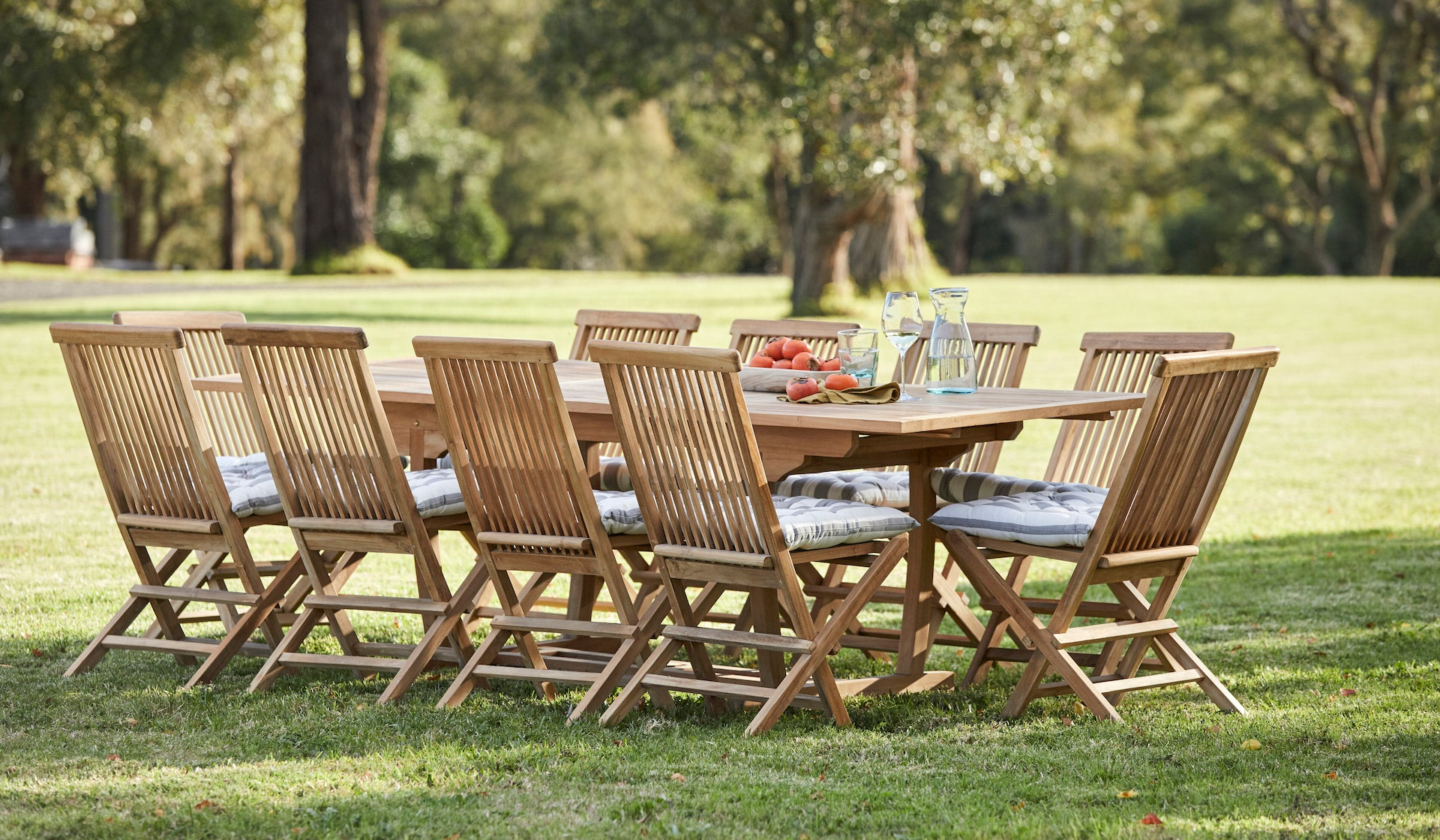 Picture of: Classic 11 Piece Teak Rectangle Extending Outdoor Setting Woodbury Furniture
