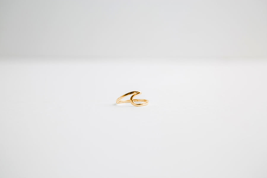CAPRI WAVE RING IN GOLD