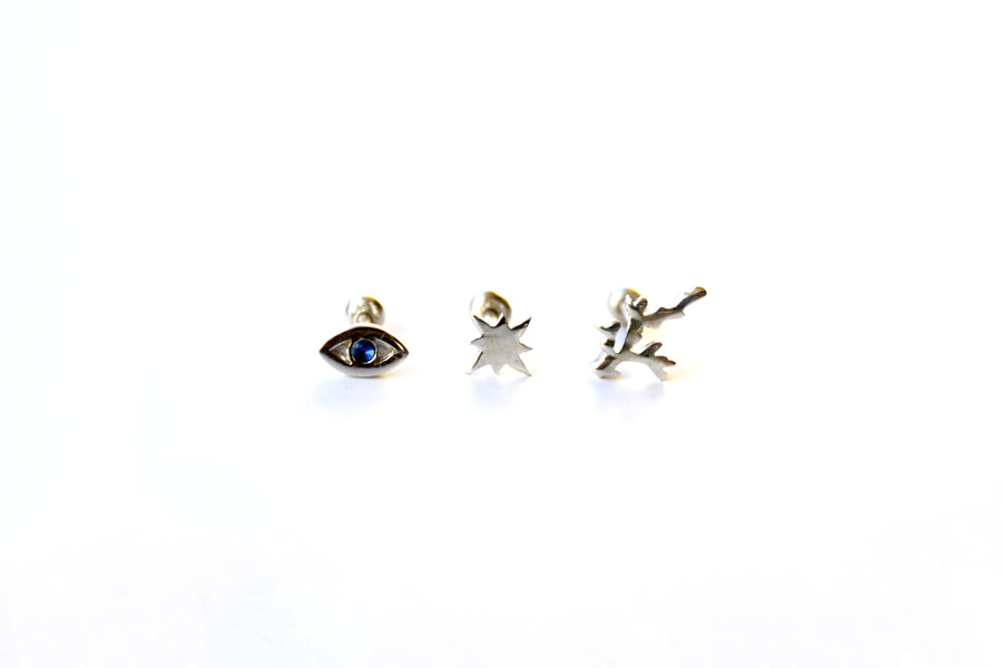 MINI GIGI EYE BLACK PIERCING IN SILVER