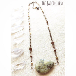 Meta-Rhyolite And Pearls Necklace