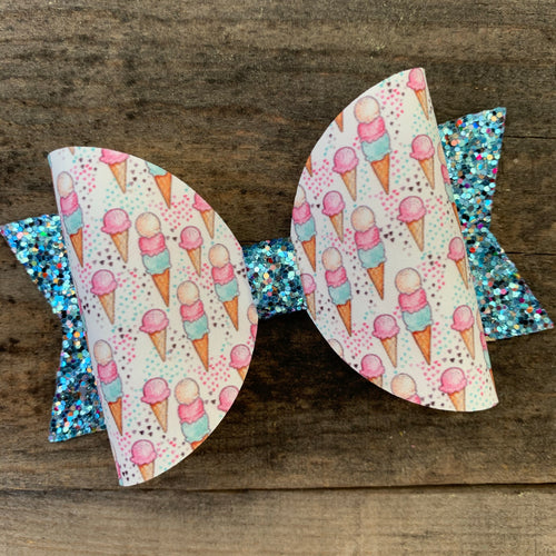 Icecream cone bow