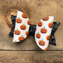 Load image into Gallery viewer, Sally jack o'lantern bow