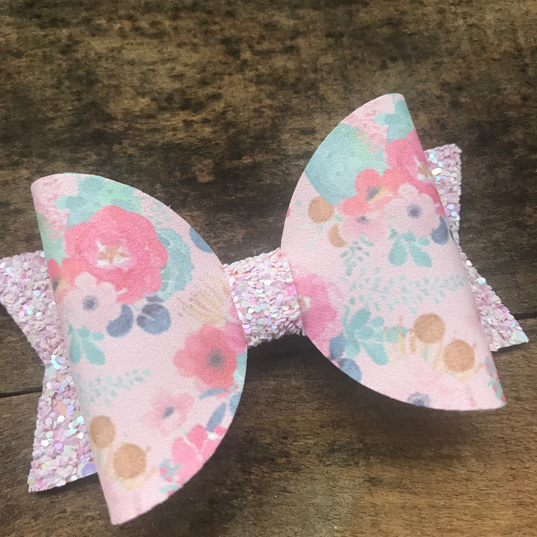 Small spring succulent bow