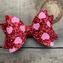 Load image into Gallery viewer, Pink heart bow