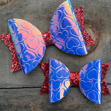 Hologram heart bow