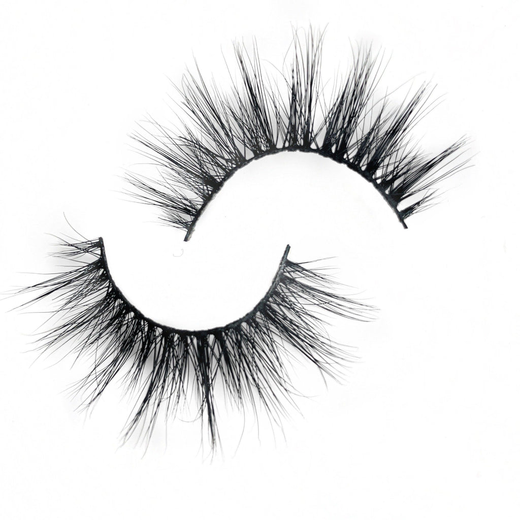 MAKE EM STARE - Blink and Wink Minks 3d Mink Strip Eyelashes