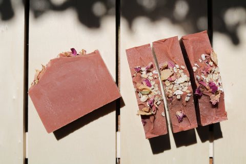 Rose Clay & Oat Milk Soothing Bar