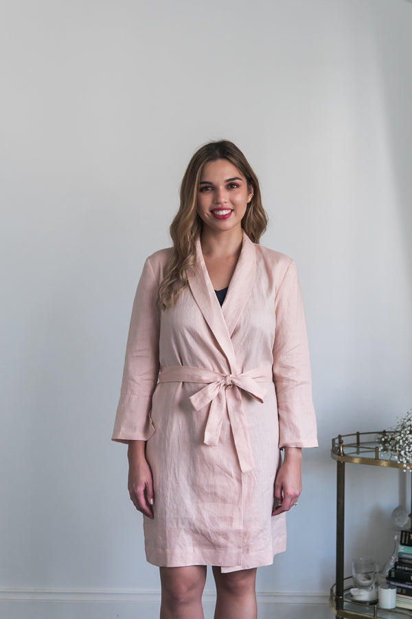 Alys Linen Short Robe in Blush Pink