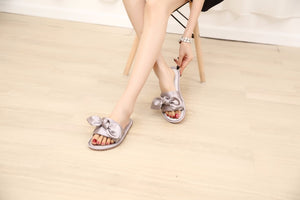 Women Fashion Silk Bow Slippers