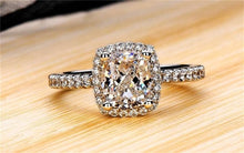 Load image into Gallery viewer, High Quality, Fine Cut Engagement Ring