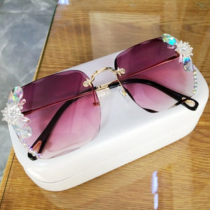 Stylish Square Rimless Shades For Women