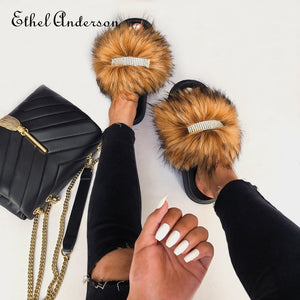 Women's Rhinestones Decorative Faux Fur Slippers